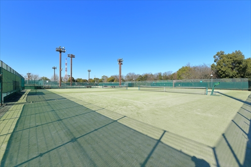 Higashiyama Park Tennis Center