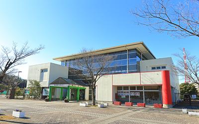 Higashiyama Park Tennis Center